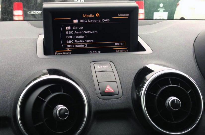 autoradio audi a1